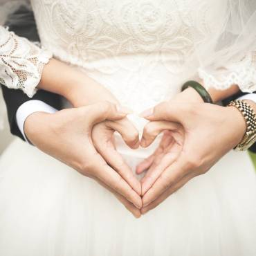 Make Your Big Day Perfect: Catering to Small Weddings
