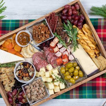 Christmas Is Coming: How To Put Together A Great Charcuterie Board